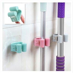 1pcs Wall Mounted Mop Strong Início Banho Hooks suporte de escova vassoura cabide rack de armazenamento de Banho Titular Shower Hooks 7 x 7 centímetros