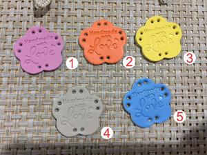 50 unids hecho a mano PU etiquetas de cuero medias en venta 28 mm * 27.8 mm etiqueta de cuero de simulación / hecho a mano con etiqueta de amor / etiquetas de pu
