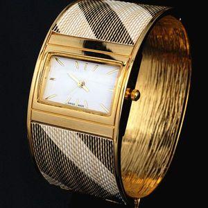2019 Новый Топ продаж Новые женские часы леди люкс браслет Модные часы высокого качества наручные часы кварцевые часы женские леди золотые часы