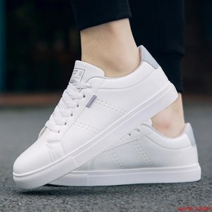 2019 Sapatos Novos Homens de Couro Casual sapatas lisas Lace-up Low Top Primavera Outono White Male Sneakers Tenis Masculino adulto