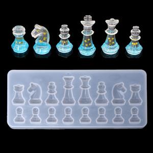 Günstige Schmuck Werkzeug Equipments International Chess-Form-Silikon-Form-DIY Lehm UV-Epoxidharz-Mold-Anhänger Formen für Schmuck