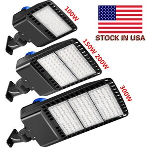 LED Shoebox Parking Lot Lights 100W 150W 200W 300W IP66 Waterproof Outdoor Street Pole Light with Listed Photocell sensor auto on off