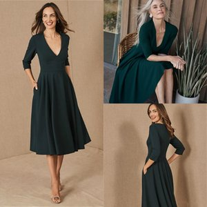 Simple Satin A-Line Mother Of The Bridal Dresses V Neck 3 4 Long Sleeve Mothers Formal Prom Dress Plus Size Evening Party Gowns