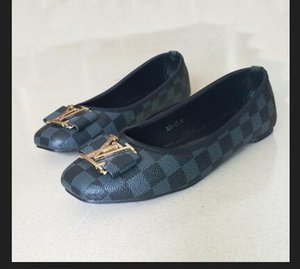 2020 pantoufles Toe femmes chaussures plates de grande taille 35-42 flip-flops sandales à semelle en caoutchouc avec bracelet en caoutchouc web femmes mode Flip intérieure
