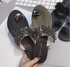 2019 Tasarımcı Kadın Ayakkabı Klasik Siyah Terlik Büyüleyici Terlikler Yapay elmas Sandalet Yüksek Kalite Ucuz Ayakkabı Büyük Boy 35-42