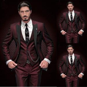 Wine Red для мужчин 3 шт костюм с черным Пик нагрудные Slim Fit Tuxedos дружки свадебные смокинги Формальное Пром костюм (куртка + брюки + жилет)