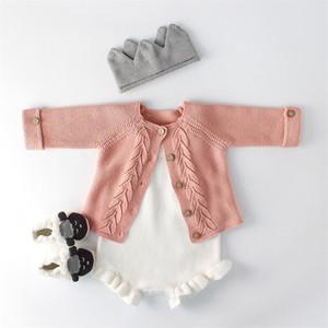 Fall INS Toddler Baby Girls Sweater Rompers Algodón en blanco Suéter de manga larga Abrigo Botones frontales Monos Diseños Body de otoño recién nacido