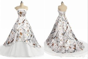 فساتين الزفاف الأبيض البلاد التمويه 2019 حمالة الحديثة الدانتيل يصل مشد الظهر REALTREE التمويه الشاطئ BOHO ثوب الزفاف