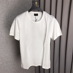 Mens Designer Shirt Verão Tops Casual camisetas Homens e Mulheres moda camisa de manga curta Roupa do tipo gola Designer T-shirt Atacado