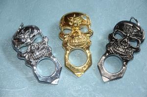 Cráneo fino de acero hebilla con sobrepeso de un solo dedo Anillo de boxeo clásico Tiger roto dispositivo de escape de la ventana hebilla de un solo dedo