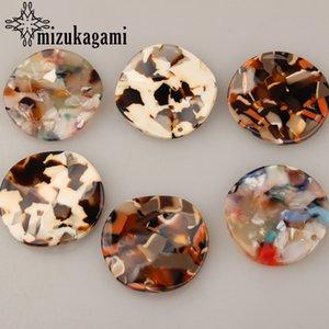 33mm 6pcs / lot Acetic Acid Resin Fashion Twisted 3D rotonda resina pendente di fascini per orecchini fai da te fare gioielli accessori