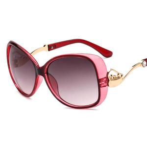 UV400 dames lunettes de soleil 2018 nouvelle mode avec diamant métal petites lunettes de soleil de voiture voiture tendance lunettes de soleil en gros