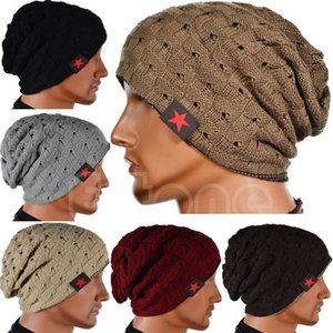 Sombreros de punto unisex Gorro Etiqueta de estrella de cinco puntas Gorra de calavera Desgaste de doble cara Sombrero de ganchillo ahuecado Hombres Mujeres Gorras Sombrero de orejera cálido invierno
