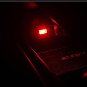 Mini One Cooper R50 R52 SEAT Ibiza Leon Toledo Arosa Alhambra Exeo için evrensel 1 araba USB LED dekoratif ışık