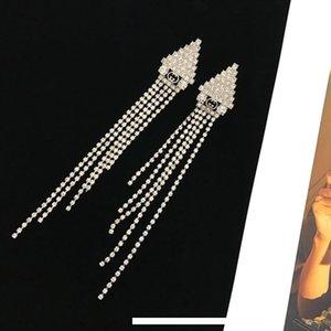 orecchino affascinante vivace carismatico triangolo d'oro dea Lettera essenziale 2019 delle nuove donne frange crystalof