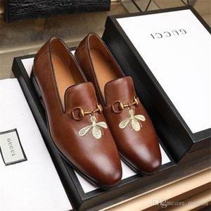 Модельная обувь 20MC Классический деловой Мужская мода Элегантные вечерние свадебные туфли MEN Скольжение на офис Оксфорд обувь для мужчин Black LLLLC