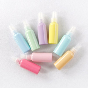 Tragbare 50ml Parfümflaschen Kunststoff Einfach zu tragen Verpackungsbehälter Bunte Macaroon Farben Sprühflasche Kreative 0 65zh BB