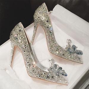 Semaine de la mode Celebrity Top Grade Chaussures en cristal de Cendrillon Chaussures de mariée strass mariée avec fleur femme talons hauts minces