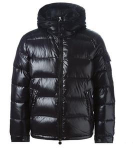 CALIENTE hombres de lujo diseñador de las mujeres de Canadá abajo de la chaqueta caliente abajo abrigos para hombre ropa de abrigo al aire libre de la pluma del hombre de invierno