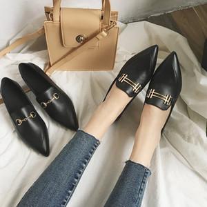 Yeeloca Primavera New único sapatos mulheres deslizamento-On Flats Moda Pointed Toe fivela de metal Decoração Plano de Trabalho Calçados Mulheres