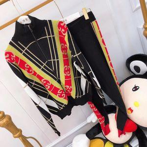Горячие продавать женскую спортивные брюки костюма мода случайных брюки цвета шить вязать костюм