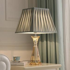 Lampe de table européenne de cristal tissu lampes de bureau bureau lampshade villa hôtel de luxe éclairage chambre salle d'étude chevet lampes de table conduit