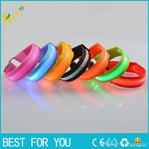 LED dog glow collar luminous glow pet belt pet supplies dog cat leather belt