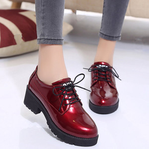 Round Toe Fashion Spring and Autumn Women Flats Sewing Genuine Leather Lace Up Female Flat Dress Shoes Red and Black Flats