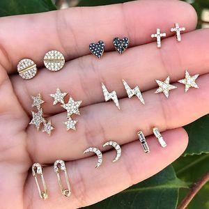 18 PC / sistema de oro del perno prisionero de las mujeres forman Estrellas Luna Cruz Corazón de Cristal Pendientes Conjunto punk temperamento joyas y accesorios