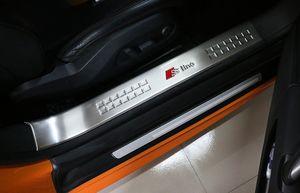 Alta calidad stainess umbrales de las puertas de acero 2pieces desgaste del coche placa de protección reposapiés, decoración umbral para Audi TT 2008-2019