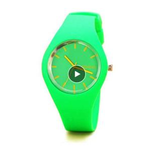 New Fashion Classic Silikon Damenuhr einfachen Stil Armbanduhr Silikonkautschuk Casual Kleid Mädchen Relogio Masculino Uhr