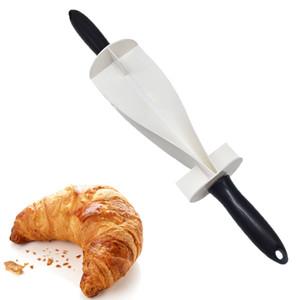 Kruvasan Ekmek Hamur Pasta Bıçağı Kolu Pişirme Mutfak Aksesuarları Yapımı için DIY Plastik Saplı Ekmek Oklava Kesici Kalıp