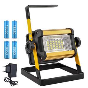 Projecteur 50W LED Spotlight Spotlight Lumière en plein air LED LED Réflecteur de la lampe BOUW Lampe de construction rechargeable 18650 batteries