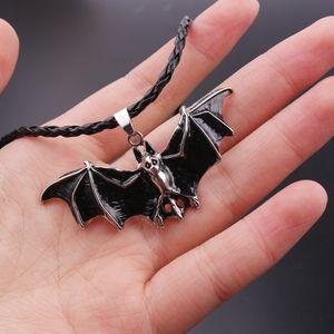 Vintage Punk Rope Chain Necklace Black Enamel Vampire Bat Pendant Necklace Men Colar Gothic Jewelry Halloween Gift