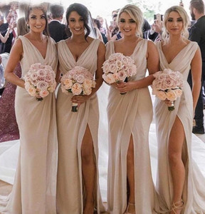 Sexy Champagne Chiffon Bridesmaid Dresses Deep V Neck Front Side Split Plus Size Maid of Honor Gown Wedding Guest Dress
