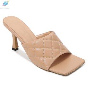 Saltos altos Chinelos Mulher 2020 New Apricot Couro Diamante Forma Linha do bordado Toe Praça Fino Salto Moda Shoes