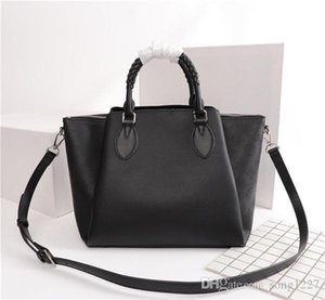 Tote handbag woven handle luxury bag Girl shoulder bag suitable for daily use size40 25 18cm