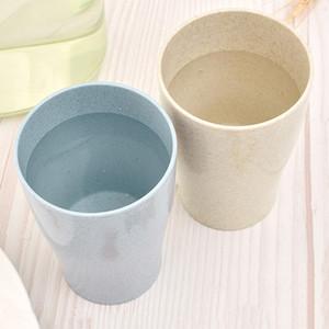 4шт / серия Пластиковые воды Кружки Путешествия Чашку цвета конфеты сок напиток чашка пшеничной соломы Зубная щетка Рот Чашки бутылки воды Настройка DBC VT1202