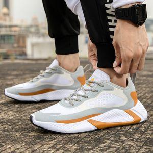 2019 Reflective maschio Sneakers Air Mesh traspirante Uomo Running scarpa elegante sport esterno di scarpe autunno Atheletic Walking Trainer