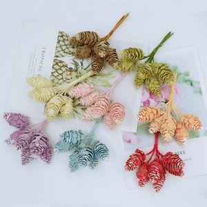 12pcs Simulation décorations de noël cône de pin pour les accessoires de mariage maison scrapbooking plantes artificielles fleurs de soie pompon