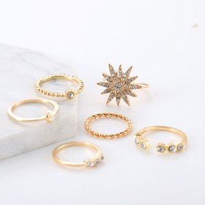 El más nuevo 6 piezas Stars Moon Ring-Set para mujeres Anillo de uñas Creativo Flor de oro Cristales de aleación geométrica Art Jewelry Gift Punk Party Accesory