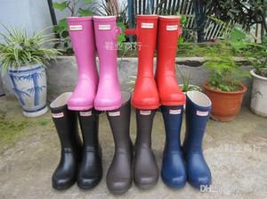 2020 CLASSIC NEW Frauen Regenstiefel Fashion kniehohen Regen Stiefel wasserdichte Stiefel Gummistiefel Wasserschuhe rainshoes Hoch 28CM 1115201