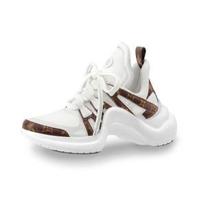 2019 Louis Vuitton LV nuove scarpe sportive da donna all'aperto di alta qualità di moda IN scarpe sportive in pelle scarpe da sposa di lusso partito Triple S stivali casual