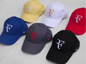 Moda-Roger Federer Casquillo del tenis con el sombrero Negro / rojo / blanco azul y amarillo