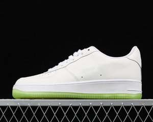 Hot Sale 1 Low Jelly Jewel Designer Skateboarding Shoes New Custom Low One White Hyper Jade Volt Woman Fashion Trainers Good Quality
