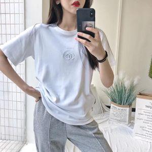 Das neue Frühjahr und Sommer 2020 meistverkauften Europa und die Vereinigten Staaten sind prägnante Ausgabe T-Shirt Frau kontrahierten Joker Doppel-C embroid