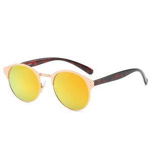Nueva moda unisex Lentes de sol de verano playa gafas de sol estilo Pareja 6039 UV400 4 Altamente calidad Color