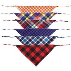 La dernière conception Pet cou écharpe Bandanas 10 Couleur Forme Triangulaire Chien Chat Collier Chien Bouche Serviette Foulard 40 * 30 * 30cm 1 75tta E1