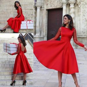 Yeni Sıcak Ucuz Kırmızı Çay Boyu Kokteyl Elbiseleri Basit Mücevher Boyun Saten Uzun Kollu Seksi Açık Arka Balo Abiye Mezuniyet Mezuniyet Giyim için