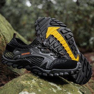 Summer Breathable Men Hiking Shoes Mesh Outdoor Men Sneakers Climbing Trekking Shoes Mountain Quick-dry Water